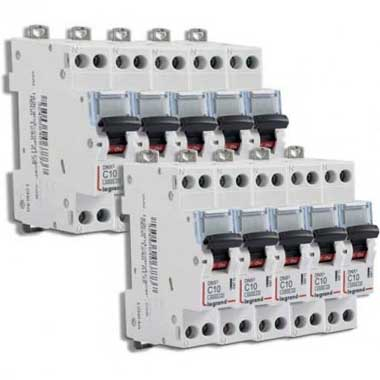 LEGRAND DNX3 Lot de 10 disjoncteurs 10A Ph+N courbe C 4.5kA 230V - LOT406773
