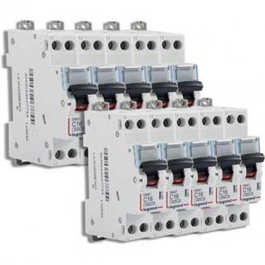 LEGRAND DNX3 Lot de 10 disjoncteurs 16A Ph+N courbe C 4.5kA 230V - LOT406774