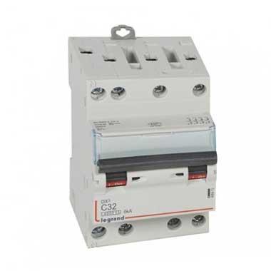 LEGRAND DNX3 Disjoncteur tétrapolaire 32A courbe C 6kA 400V - 406913